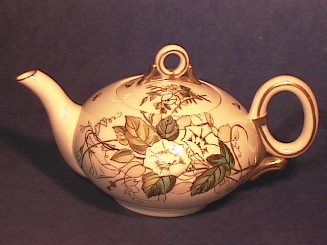 THE Limoges Tea Pot !!