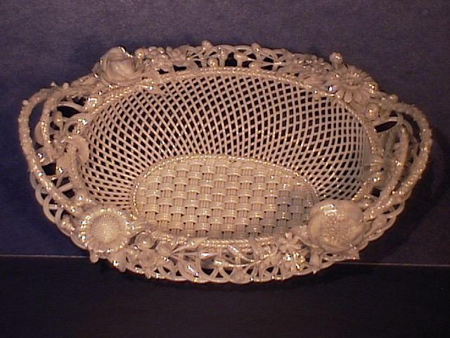 Belleek Small Oval Basket, Flowered !!